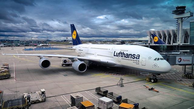 לופטהנזה מבטלת יותר מ – 1300 טיסות בעקבות שביתת הדיילים